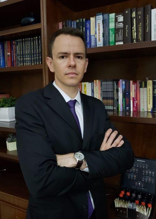 Dr. Danilo Ferro