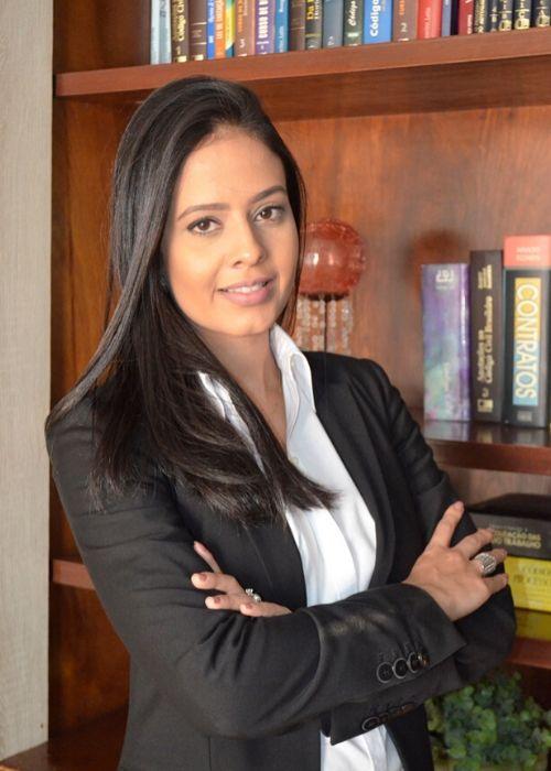 Dra. Letícia Brandão